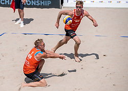 17-07-2018 NED: CEV DELA Beach Volleyball European Championship day 3<br /> Sven Vismans #2 NED, Jannes van der Ham #1 NED