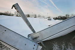 Tenten stallingen Jumping Mechelen begeven het onder <br /> gewicht sneeuw<br /> Vlaanderens Kerstjumping Mechelen 2009<br /> Photo © Dirk Caremans