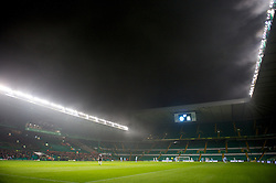 GLASGOW, SCOTLAND - Monday, November 7, 2011: Fog descends as Glasgow Celtic take on Manchester City during the NextGen Series Group 1 match at Celtic Park. (Pic by David Rawcliffe/Propaganda)