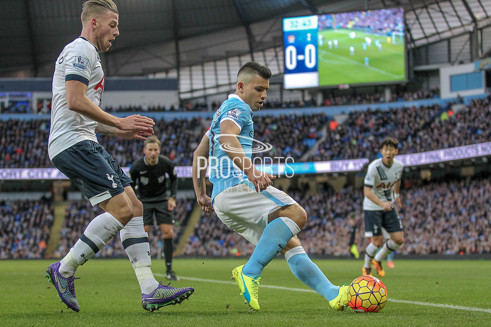 Sergio Agüero (Manchester City) and Toby Alderweireld (Tottenham Hotspur) during the Barclays Premier League match between Manchester City and Tottenham Hotspur at the Etihad Stadium, Manchester, England on 14 February 2016. Photo by Mark P Doherty.