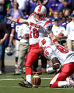 Louisville kicker Art Carmody (18) kicks a 25-yard field goal in the second quarter against Kansas State at Bill Snyder Family Stadium in Manhattan, Kansas, September 23, 2006.  The 8th ranked Louisville Cardinals beat K-State 24-6.