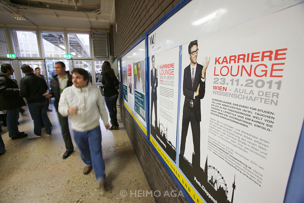 Universities in Vienna, Austria..WU (Wirtschaftsuniversität Wien)..Ad for Karriere Lounge (Career Lounge).