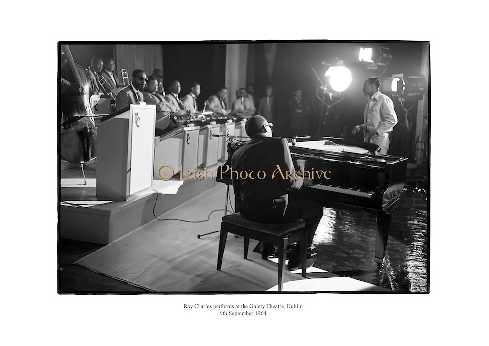 Ray Charles performing at the Gaiety Theatre, Dublin.<br />