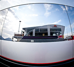 10.07.2011, Silverstone Circuit, Silverstone, GBR, F1, Großer Preis von Großbritannien, Silverstone, im Bild In der Glasfläche des McLaren Mercedes Motorhomes spiegelt sich der Himmel und das Motorhome von Red Bull Racing // In the glass surface of the McLaren Mercedes motorhome reflects the sky and the motor home of Red Bull Racing during the during the Formula One Championships 2011 British Grand Prix held at the Silverstone Circuit, Northamptonshire, United Kingdom, 2011-07-10, EXPA Pictures © 2011, PhotoCredit: EXPA/ J. Feichter