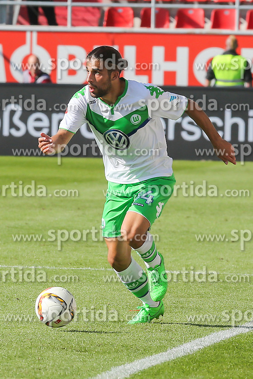 12.09.2015, Audi Sportpark, Ingolstadt, GER, FC Ingolstadt 04 vs VfL Wolfsburg, 4. Runde, im Bild Ricardo Rodriguez (Nr.34,VfL Wolfsburg) // during the German Bundesliga 4th round match between FC Ingolstadt 04 and VfL Wolfsburg at the Audi Sportpark in Ingolstadt, Germany on 2015/09/12. EXPA Pictures &copy; 2015, PhotoCredit: EXPA/ Eibner-Pressefoto/ Strisch<br /> <br /> *****ATTENTION - OUT of GER*****