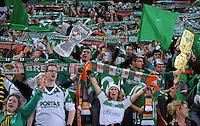 FUSSBALL     UEFA CUP  FINALE  SAISON 2008/2009 Shakhtar Donetsk - SV Werder Bremen 20.05.2009 Die Bremer Fans jubeln vor dem Spiel