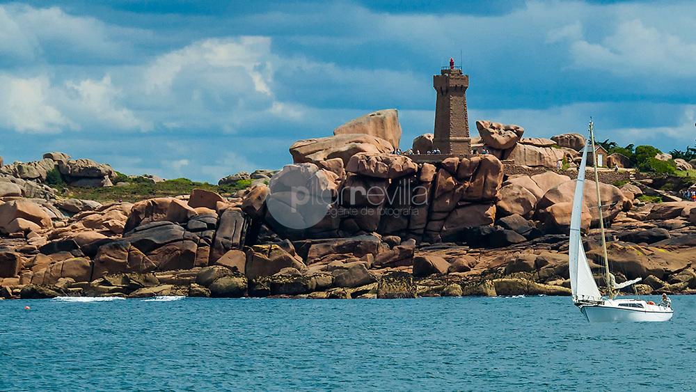 Faro de Ploumanach © / PILAR REVILLA