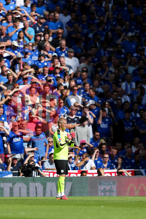 Kasper Schmeichel of Leicester City looks on - Rogan Thomson/JMP - 07/08/2016 - FOOTBALL - Wembley Stadium - London, England - Leicester City v Manchester United - The FA Community Shield.