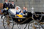 6-6-2016 STOCKHOLM SWEDEN - Stockholm CrownPrincess Victoria and Princess Estelle and Prince Daniel leaving the palace attend the the carriage procession  in Stockholm during the celebration of the National Day of Sweden.  COPYRIGHT ROBIN UTRECHT<br /> 2016/06/06 STOCKHOLM ZWEDEN - Stockholm kroon prinses  Victoria en Prinses Estelle en prins Daniel het verlaten van het paleis wonen de de wagen processie in Stockholm tijdens de viering van de Nationale Dag van Zweden. COPYRIGHT ROBIN UTRECHT<br /> Stockholm CrownPrincess Victoria and Princess Estelle and Prince Daniel leaving the palace attend the the carriage procession  in Stockholm during the celebration of the National Day of Sweden.<br /> Princess Madeleine of Sweden koningin Silvia Sommerlath en koning <br /> carl gustav , Prins Carl Philip en Prinses