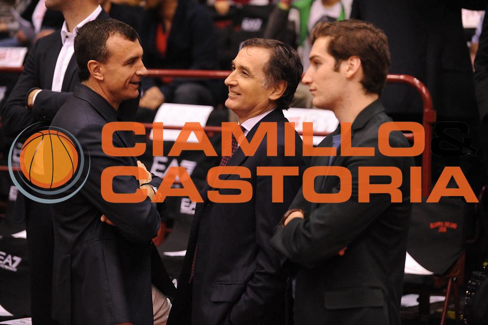 DESCRIZIONE : Milano Lega A 2012-13 Play Off Quarti di Finale Gara1 EA7 Olimpia Armani Milano Montepaschi Siena<br /> GIOCATORE : Livio Proli Claudio Sabatini<br /> CATEGORIA : <br /> SQUADRA : EA7 Olimpia Armani Milano Montepaschi Siena<br /> EVENTO : Campionato Lega A 2012-2013 Play Off Quarti di Finale Gara1<br /> GARA : EA7 Olimpia Armani Milano Montepaschi Siena<br /> DATA : 10/05/2013<br /> SPORT : Pallacanestro<br /> AUTORE : Agenzia Ciamillo-Castoria/M.Marchi<br /> Galleria : Lega Basket A 2012-2013<br /> Fotonotizia : Milano Lega A 2012-13 EA7 Olimpia Armani Milano Montepaschi Siena<br /> Predefinita :