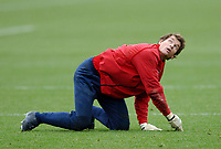 Photo: Javier Garcia/Back Page Images Mobile +447887 794393<br />Arsenal FC UEFA Champions League Training, London Colney, 06/12/04<br />Jens Lehmann looks up
