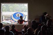 Haïti, Département du Nord. Suite au passage de l'ouragan Irma en septembre 2017, le CECI a distribué 200 kits scolaires aux élèves ayant perdu leur matériel scolaire dans les inondations, ainsi que 200 kits alimentaires et kits d'hygiène aux familles les plus vulnérables de la commune de Malfety Romeo.