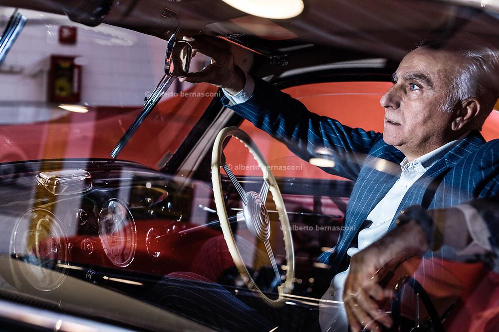 Milano , il collezionista di auto d'epoca Corrado Lopresto, Alfa Romeo 6C 2500 SS Bertone 1942