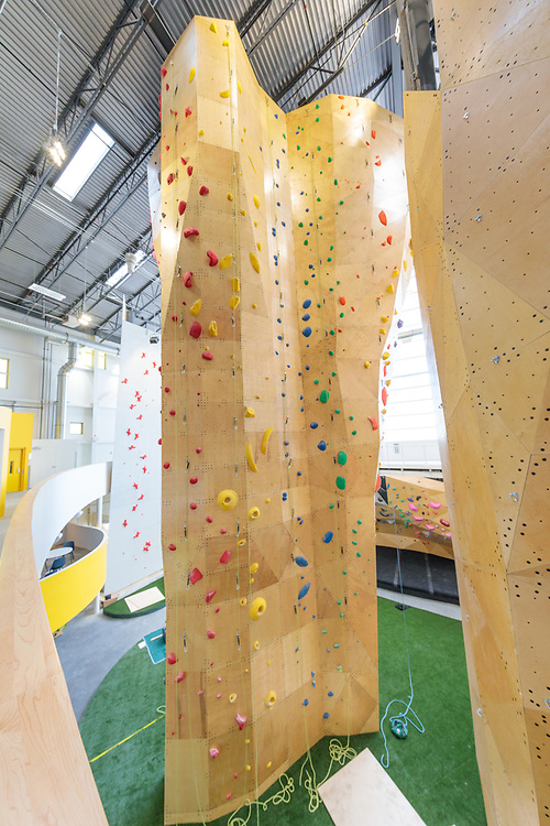 Calgary Climbing Center - Rocky Mountain