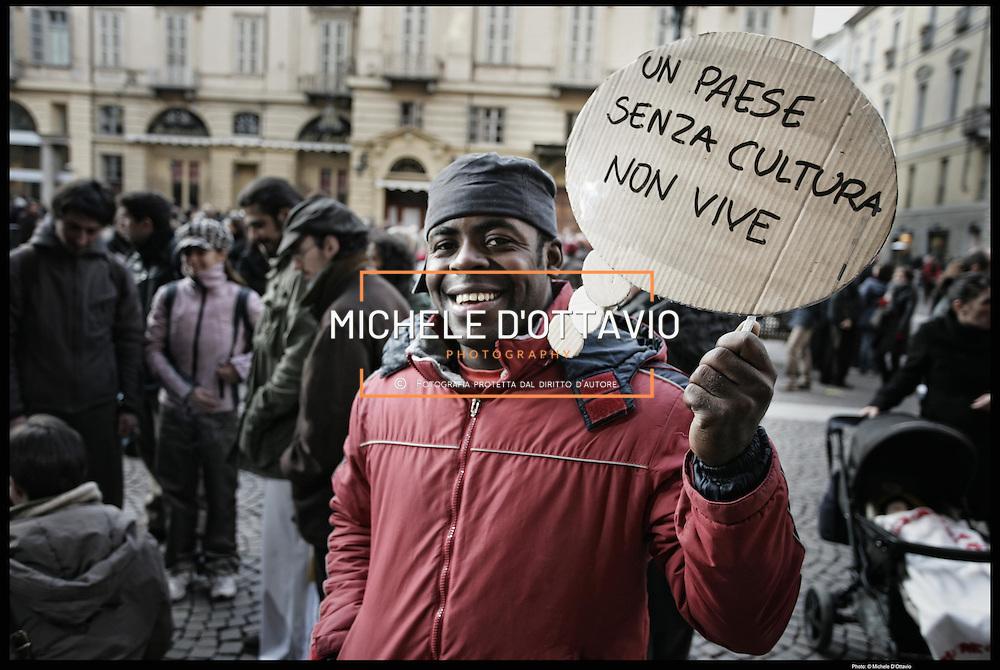 """Manifestazione """"Innamorati della cultura"""" per  protestare contro i tagli nel settore culturale in Italia."""