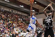 DESCRIZIONE : Campionato 2014/15 Dinamo Banco di Sardegna Sassari - Virtus Granarolo Bologna<br /> GIOCATORE : Jerome Dyson<br /> CATEGORIA : Tiro Penetrazione Sottomano<br /> SQUADRA : Dinamo Banco di Sardegna Sassari<br /> EVENTO : LegaBasket Serie A Beko 2014/2015<br /> GARA : Dinamo Banco di Sardegna Sassari - Virtus Granarolo Bologna<br /> DATA : 12/10/2014<br /> SPORT : Pallacanestro <br /> AUTORE : Agenzia Ciamillo-Castoria / Claudio Atzori<br /> Galleria : LegaBasket Serie A Beko 2014/2015<br /> Fotonotizia : Campionato 2014/15 Dinamo Banco di Sardegna Sassari - Virtus Granarolo Bologna<br /> Predefinita :
