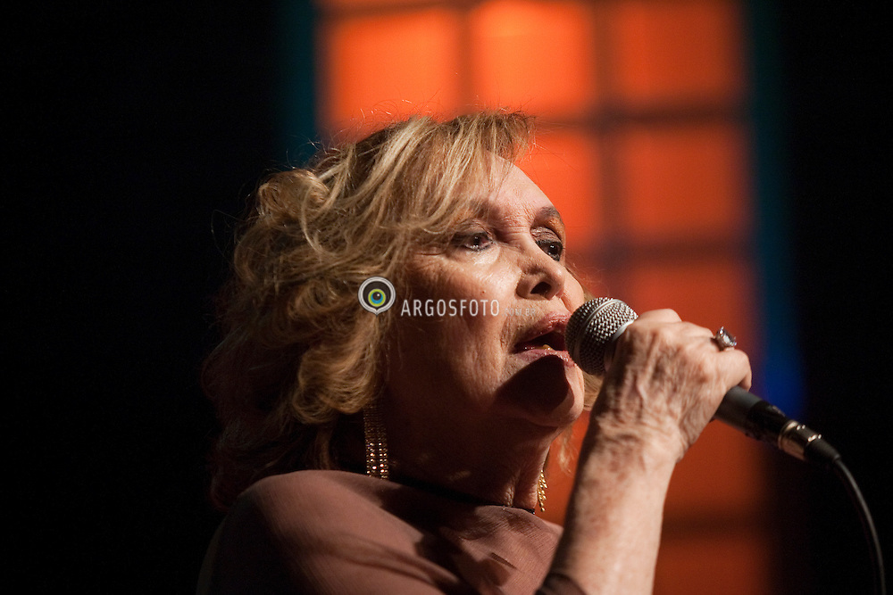 I Premio Divas da Musica Brasileira - Cantora Doris Monteiro/ Singer doris Monteiro.