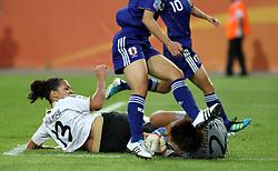 27.06.2011, Arena im Allerpark Wolfsburg , Wolfsburg ,  GER, FIFA Women Worldcup 2011, Gruppe B ,   Mexico (MEX) vs. England (ENG). im Bild .Celia Okoyino Da Mbabi (GER) scheitert an Torhüterin Ayumi Kaihori (JPN) .  // during the FIFA Women Worldcup 2011, Pool B, Mexico vs England on 2011/06/26, Arena im Allerpark , Wolfsburg, Germany.  .EXPA Pictures © 2011, PhotoCredit: EXPA/ nph/  Hessland       ****** out of GER / CRO  / BEL ******