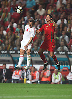 20091010: LISBON, PORTUGAL - Portugal vs Hungary: World Cup 2010 Qualifying Match. In picture: Cristiano Ronaldo (Portugal) Vs Laszlo Bodnar . PHOTO: Carlos Rodrigues/CITYFILES