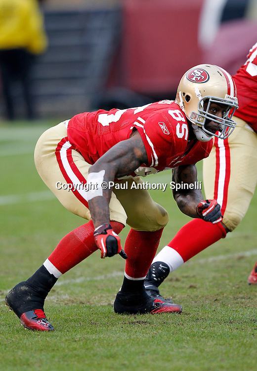 San Francisco 49ers tight end Vernon Davis (85) makes a move during the NFL week 17 football game against the Arizona Cardinals on Sunday, January 2, 2011 in San Francisco, California. The 49ers won the game 38-7. (©Paul Anthony Spinelli)