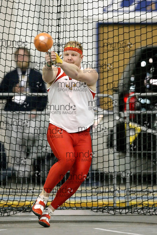 Windsor, Ontario ---13/03/09--- Dustin McCrank of  the University of Guelph competes in the men's weight throw at the CIS track and field championships in Windsor, Ontario, March 13, 2009..Sean Burges Mundo Sport Images