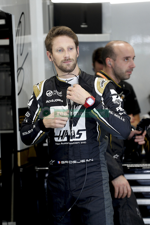 November 17, 2019, Sao Paulo, Brazil: Motorsports: FIA Formula One World Championship 2019, Grand Prix of Brazil, . #8 Romain Grosjean (FRA, Rich Energy Haas F1 Team) (Credit Image: © Hoch Zwei via ZUMA Wire)