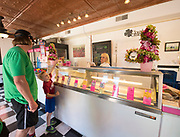 Family getting ice cream at the Clover Leaf Creamery in Buhl, Idaho. MR