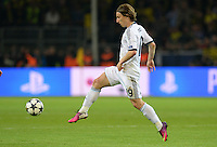 FUSSBALL  CHAMPIONS LEAGUE  HALBFINALE  HINSPIEL  2012/2013      Borussia Dortmund - Real Madrid              24.04.2013 Luka Modric (Real Madrid) Einzelaktion am Ball