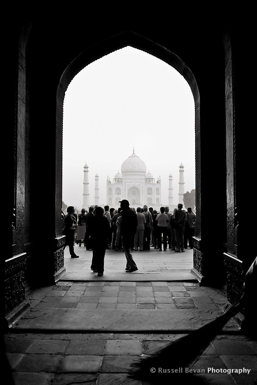 A crowd gathers to get their first sight of the Taj Mahal in Agra, Uttar Pradesh, India