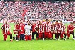 01.05.2010, Allianz Arena, Muenchen, GER, 1. FBL, FC Bayern Muenchen vs Vfl Bochum, im Bild  Die Bayern feiern nsch dem Spiel , EXPA Pictures © 2010, PhotoCredit: EXPA/ nph/  Straubmeier / SPORTIDA PHOTO AGENCY