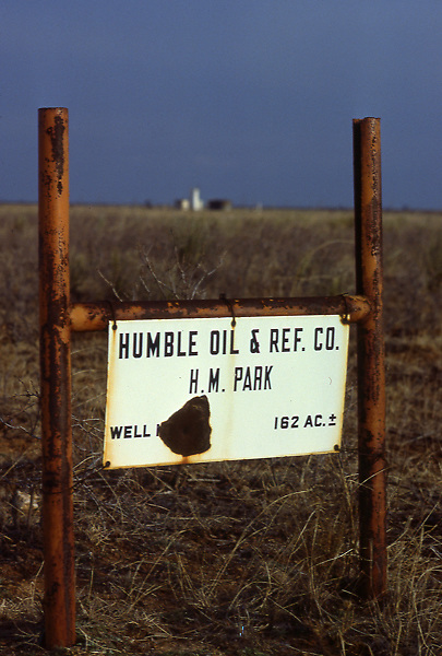 Humble Oil & Ref.CO H.M. Park