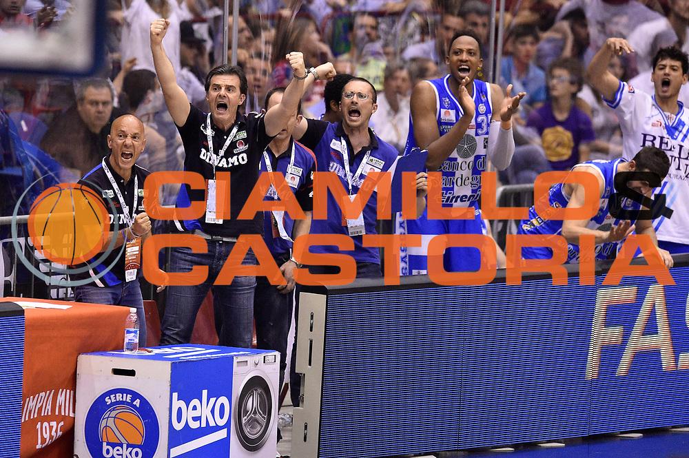 DESCRIZIONE : Milano Lega A 2014-15 EA7 Emporio Armani Milano vs Banco di Sardegna Sassari playoff Semifinale gara 7 <br /> GIOCATORE : team<br /> CATEGORIA : esultanza<br /> SQUADRA : Banco di Sardegna Sassari<br /> EVENTO : PlayOff Semifinale gara 7<br /> GARA : EA7 Emporio Armani Milano vs Banco di Sardegna SassariPlayOff Semifinale Gara 7<br /> DATA : 10/06/2015 <br /> SPORT : Pallacanestro <br /> AUTORE : Agenzia Ciamillo-Castoria/GiulioCiamillo<br /> Galleria : Lega Basket A 2014-2015 Fotonotizia : Milano Lega A 2014-15 EA7 Emporio Armani Milano vs Banco di Sardegna Sassari playoff Semifinale  gara 7 Predefinita :
