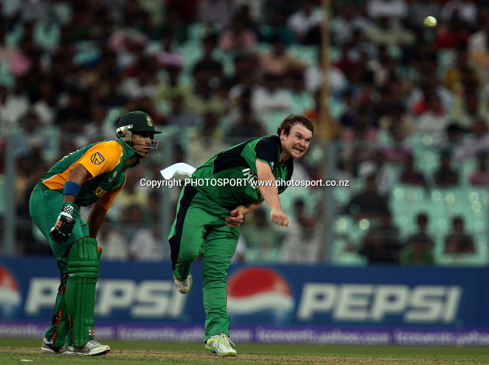 Ireland bowler Paul Stirling in bowling action against South African during the ICC Cricket World Cup - 34th Match, Group B South Africa vs Ireland Played at Eden Gardens, Kolkata, 15 March 2011 - day/night
