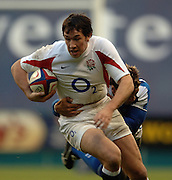 2005 Rugby, Investec Challenge, England vs Manu Samoa,  Tom VOYCE attacks down the wing as England beat Samoa 40 points to 3 at the RFU stadium, Twickenham, ENGLAND:     26.11.2005   © Peter Spurrier/Intersport Images - email images@intersport-images..