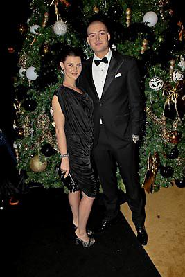 NLD/Amsterdam/20081211 - Miljonairfair 2008, Lange frans ferdinand en partner Danielle van Aalderen