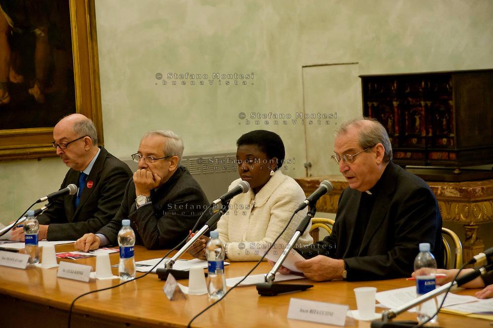 Roma 17 Dicembre 2013<br /> &ldquo;Ragazzi lontani&hellip;dalla famiglia, dal proprio paese, da se stessi&rdquo; &egrave; il titolo del seminario di studio sui minori stranieri non accompagnati che la Caritas diocesana di Roma organizza in occasione dei 25 anni di attivit&agrave; dei Centri di Pronta Accoglienza per Minori, con la ministra C&eacute;cile Kyenge. La ministra C&eacute;cile Kyenge , il direttore della caritas di Roma mons. Enrico Feroci. Sala Pietro da Cortona dei Musei Capitolini, Palazzo del Campidoglio