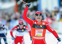 Ola Vigen Hattestad (NOR) jubelt nach seinem Sieg. © Werner Schaerer/EQ Images