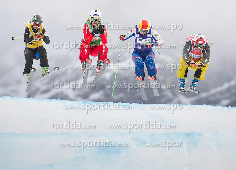 22.12.2013, Haunold Innichen, Wien, ITA, FIS Ski Cross Weltcup, Achtelfinale der Damen, im Bild Anna Woerner (GER, red), Jorinde Mueller (SUI, green), Anastasiia Chirtcova (RUS, blue), Reina Umehara (JPN, yellow) // during eight finals of ladies of FIS Ski Cross World Cup at Haunoldi, San Candido, 2013-12-22, EXPA Pictures © 2013 PhotoCredit: EXPA/ Michael Gruber