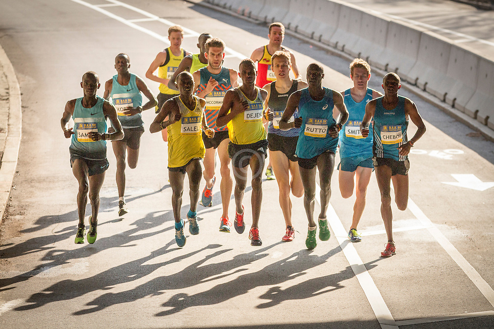 BAA 5K, pack of leading men enter underpass, led by Rutto