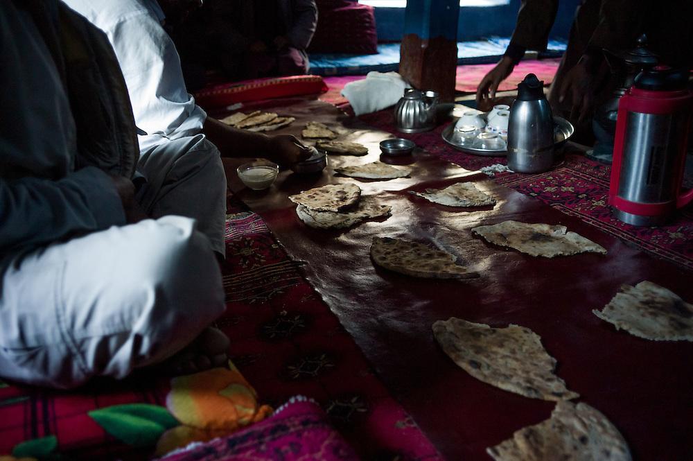 Breakfast en route towards Sarhad.