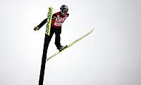Hopp Ski Jumping<br /> World Cup Verdenscup<br /> 18.03.07<br /> Holmenkollen<br /> Adam Malysz flakser fra ledelsen i verdenscup . Malysz is troubling in the air<br /> Foto - Kasper Wikestad