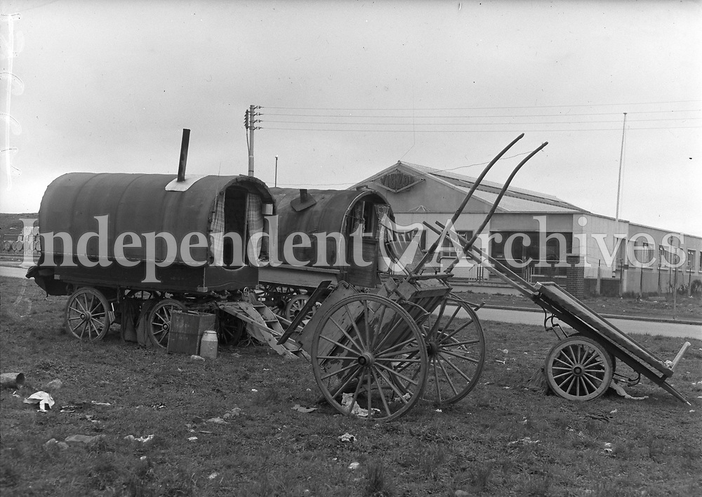 Traveller camps at the Long Mile Road Walkinstown. 03/04/57.<br />