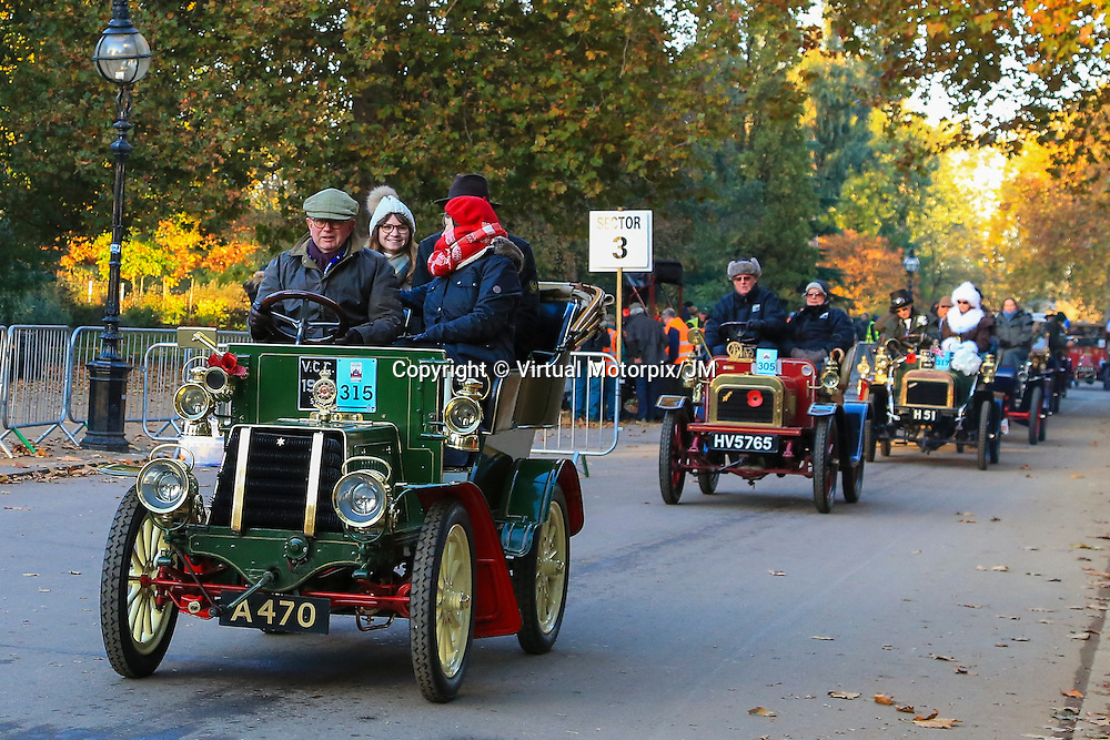 Star    Three-seater    1904    Driven By   Mr Peter John Newens, Bonhams London to Brigthon Veteran Car Run Supported by Hiscox,, 06/11/2016,