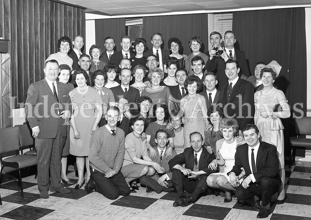 Group Portrait Names, date and location unknown. (Part of the Independent Ireland Newspapers/NLI Collection)
