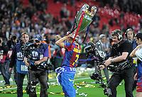 FUSSBALL      CHAMPIONSLEAGUE  FINALE     SAISON 2010/2011  28.05.2011 FC Barcelona - Manchester United FC  Champions League Sieger 2011:  FC Barcelona  feiert den Sieg Jubel mit Pokal David Villa (Barca)