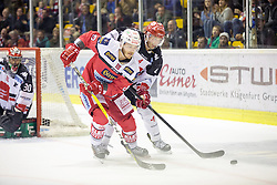 02.10.2016, Stadthalle, Klagenfurt, AUT, EBEL, EC KAC vs HC TWK Innsbruck, 6. Runde Grunddurchgang, im Bild Stefan Geier (EC KAC, #19), Daniel Mitterdorfer (HC TWK Innsbruck, #4), Andy Chiodo (HC TWK Innsbruck, #30)// during the Erste Bank Eishockey League 6th match at preliminary round betweeen EC KAC and HC TWK Innsbruck at the City Hall in Klagenfurt, Austria on 2016/10/02. EXPA Pictures © 2016, PhotoCredit: EXPA/ Gert Steinthaler