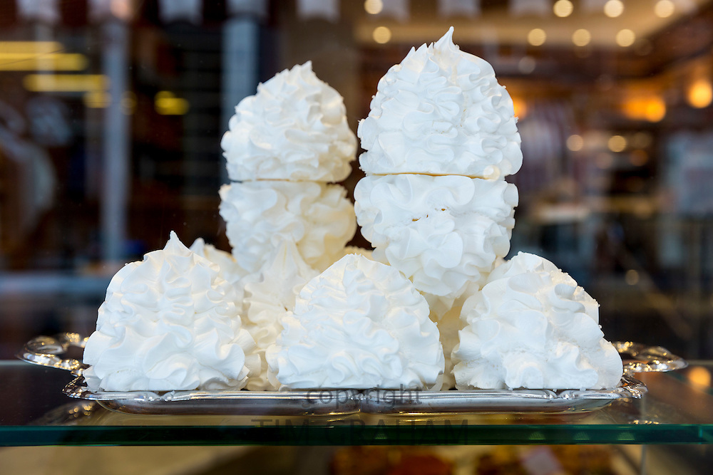 Meringues cakes at Pompadour in Huidenstraat in the Nine Streets shopping district, Amsterdam