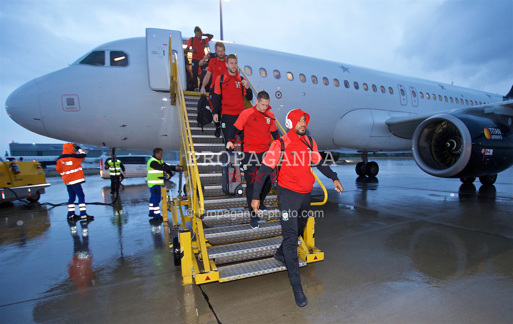 VIENNA, AUSTRIA - Wednesday, October 5, 2016: Wales' captain Ashley Williams and his team arrive at Vienna International Airport ahead of the 2018 FIFA World Cup Qualifying Group D match against Austria. (Pic by David Rawcliffe/Propaganda)