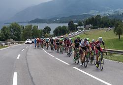08.07.2017, Wels, AUT, Ö-Tour, Österreich Radrundfahrt 2017, 6. Etappe von St. Johann/Alpendorf nach Wels (203,9 km), im Bild das Feld am Traunsee, Oberösterreich // the peleton at the Traunsee Upper Austria during the 6th stage from St. Johann/Alpendorf to Wels (203,9 km) of 2017 Tour of Austria. Wels, Austria on 2017/07/08. EXPA Pictures © 2017, PhotoCredit: EXPA/ Reinhard Eisenbauer