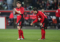 Fussball  UEFA Pokal  Viertelfinale  Hinspiel   Saison 2006/2007 Bayer 04 Leverkusen - CA Osasuna                Paul FREIER (li) und Gonzalo CASTRO (re, beide Leverkusen) enttaeuscht